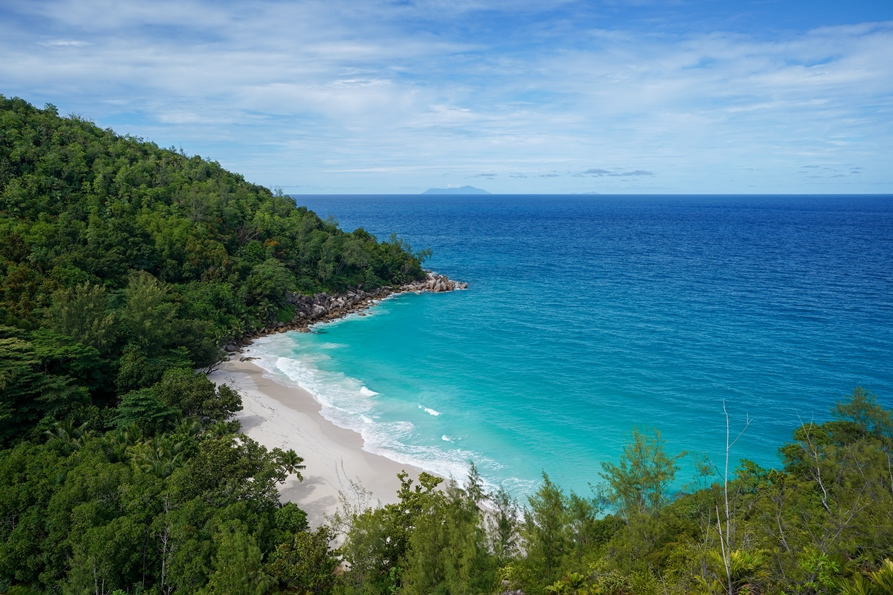 Anse Georgette beach|by Lauralexfly