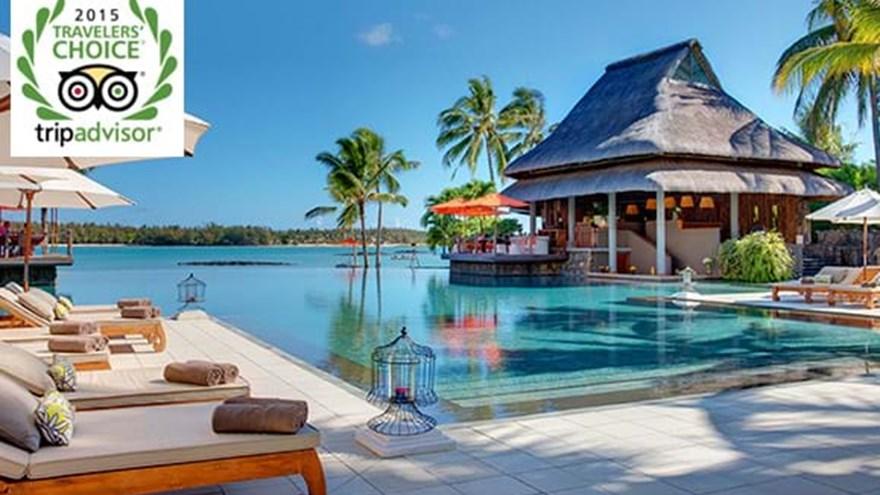 """康斯丹毛里求斯王子度假酒店位列全球25间顶级酒店选单;同时荣获""""Trip Advisor旅行者之选大奖"""",被誉为非洲最佳酒店。"""