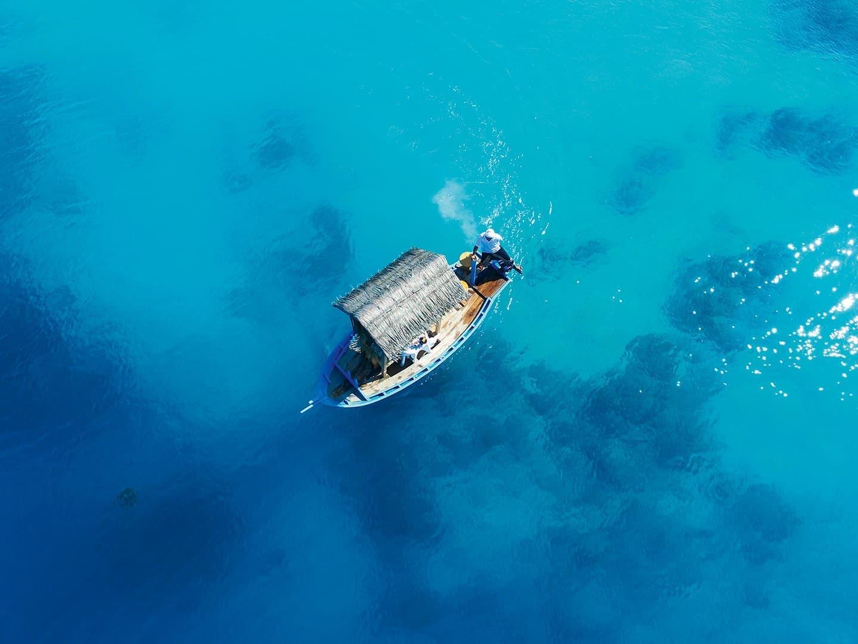 Dhoni Boat at Constance Halaveli Maldives