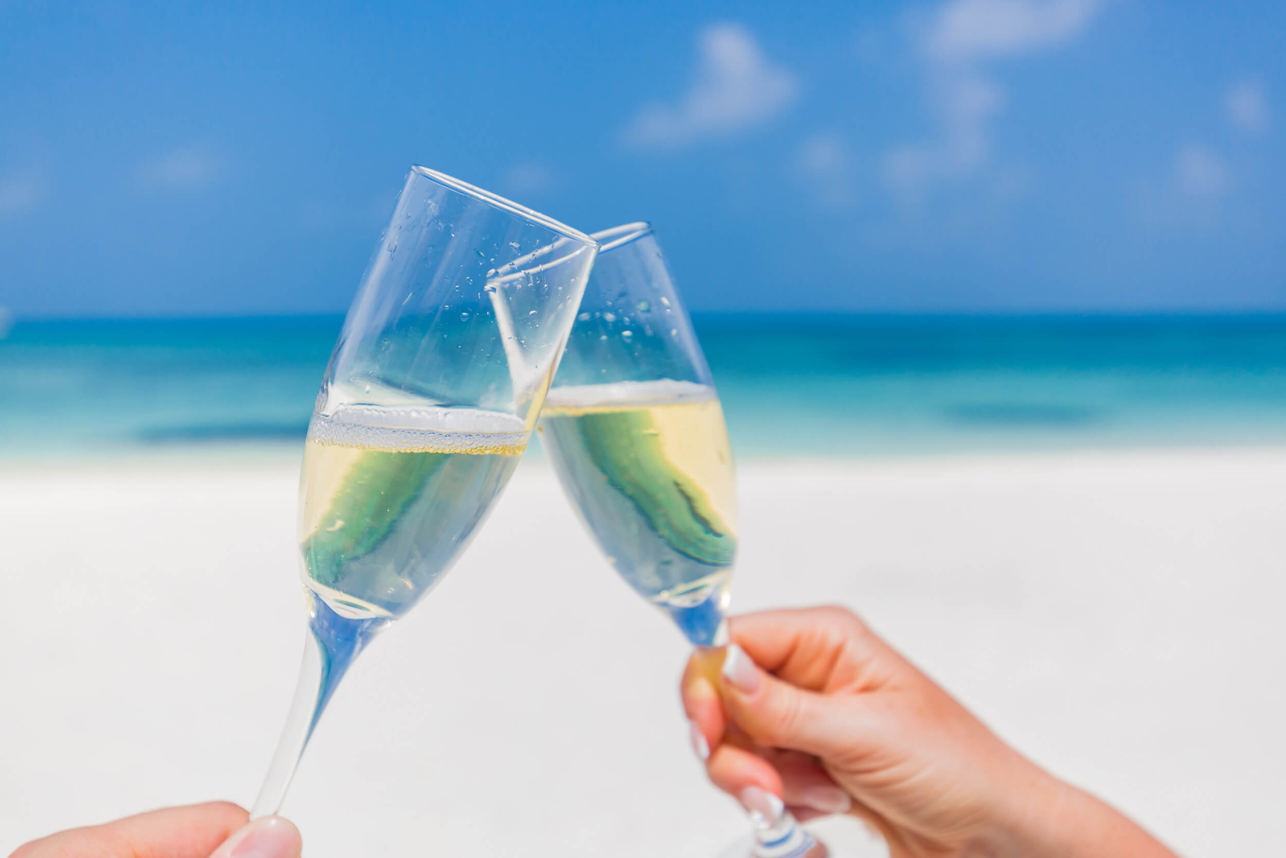 Romantic champagne breakfast