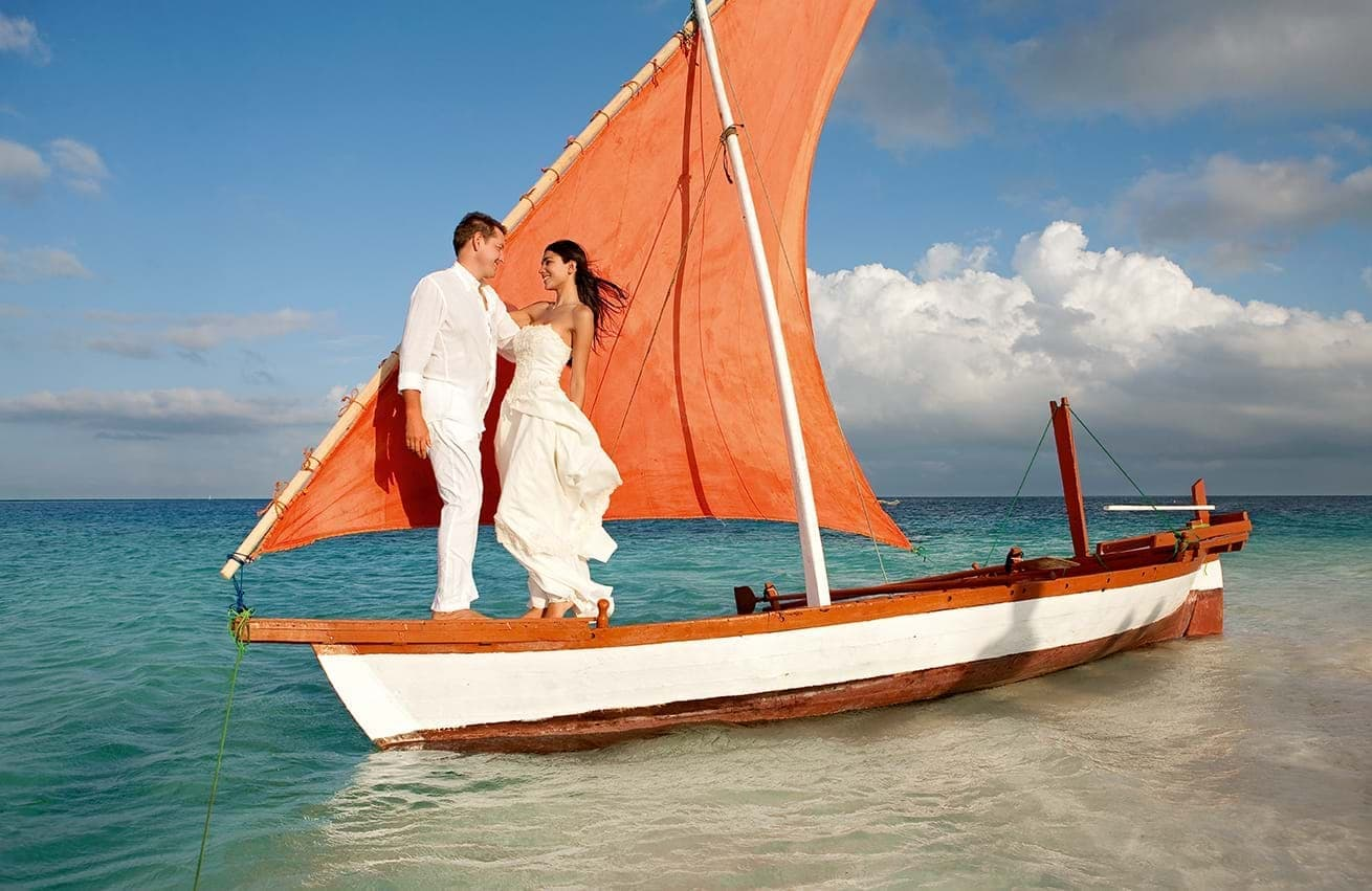Magical Honeymoon at Constance Moofushi