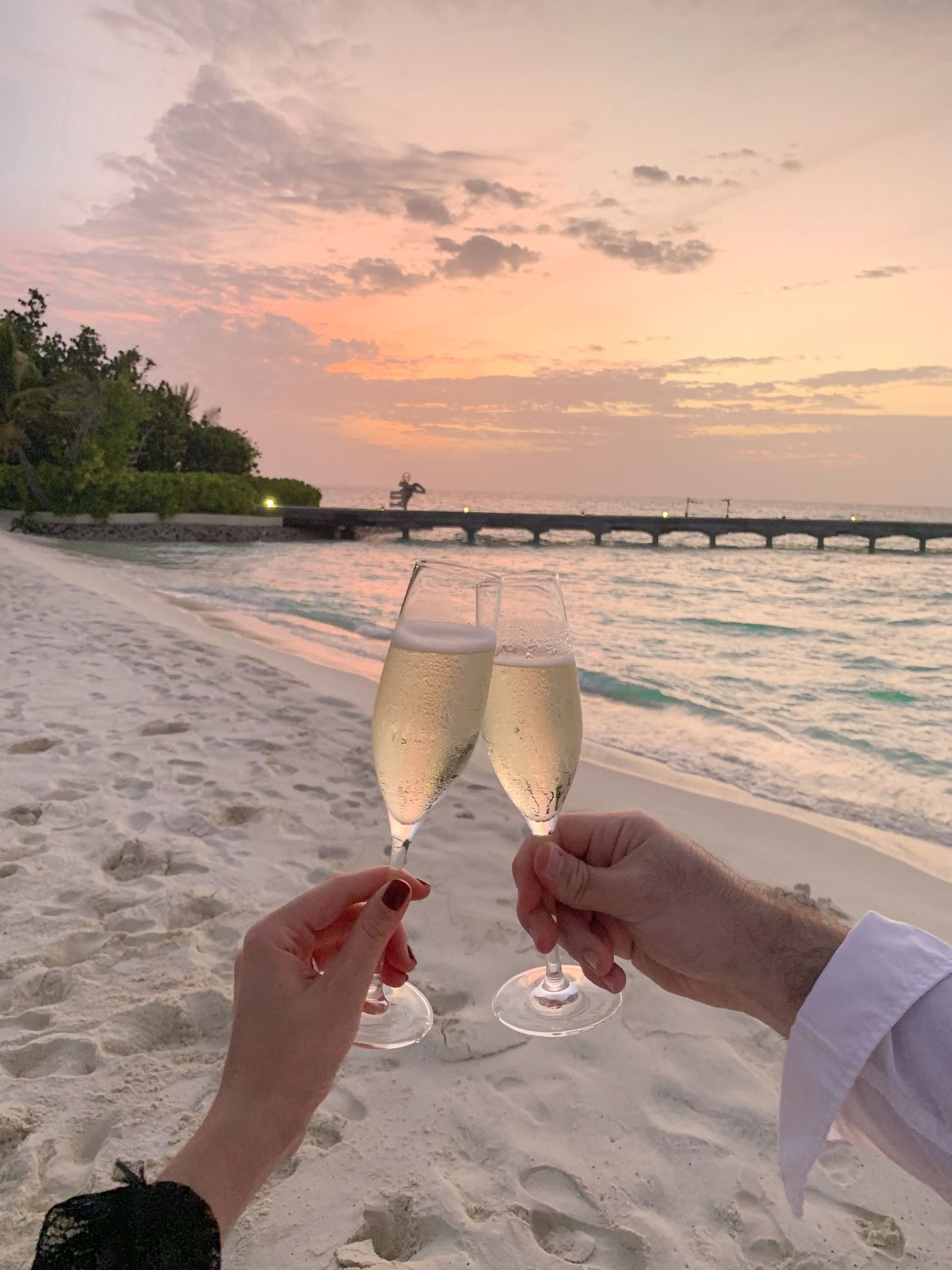 Sunset and champagne at Constance Moofushi @abakumovanastia