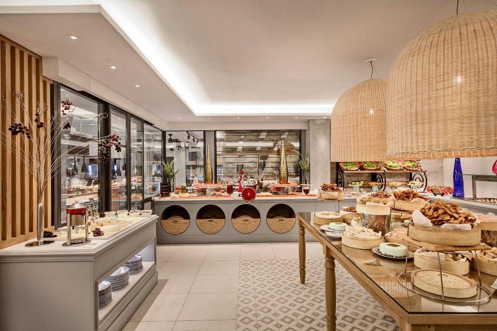 La Citronelle Restaurant Gourmet glass box walk-in cold kitchen